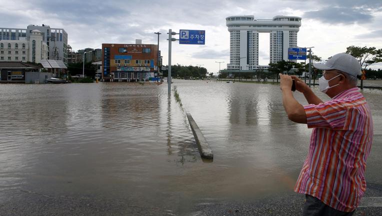 Les deux Corées frappées par le typhon Maysak