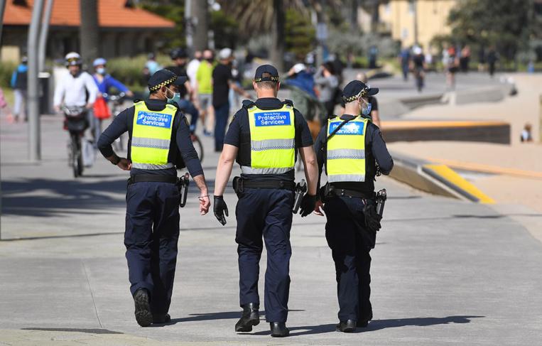Virus: tollé en Australie après l'arrestation d'une mère de famille opposée aux restrictions