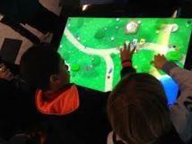 """Microsoft créé une """"classe immersive"""" avec les nouvelles technologies"""