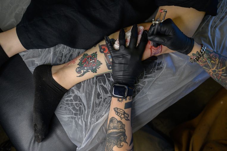 Corée du Sud: les tatoueurs demandent la légalisation de leur profession