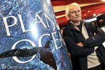 """Avec """"Planète Océan"""", Yann Arthus-Bertrand plonge dans les mers surexploitées"""