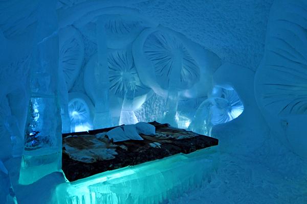 l 39 h tel de glace un chantier insolite au nord du cercle polaire. Black Bedroom Furniture Sets. Home Design Ideas