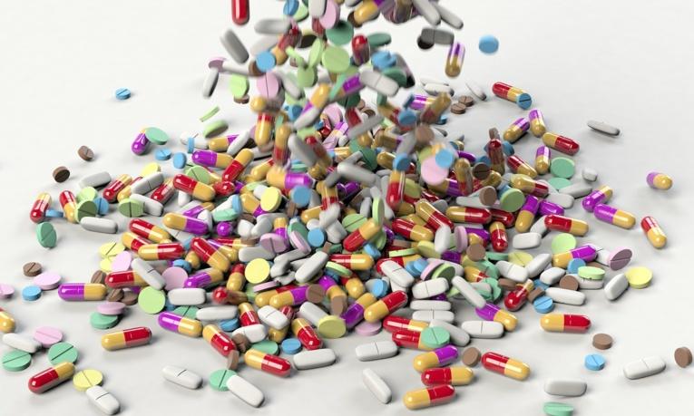 """Antibiotiques pour """"guérir"""" l'autisme: l'Agence du médicament saisit la justice"""