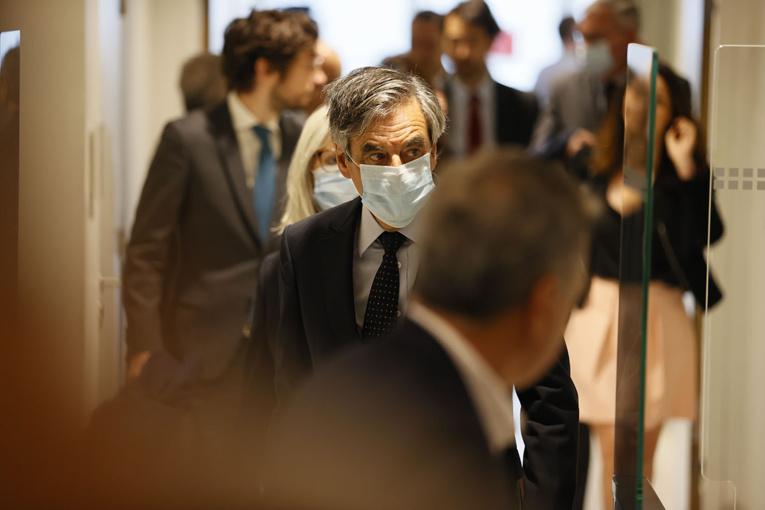 """Affaire Fillon: le Conseil supérieur de la magistrature écarte toute """"pression"""" de l'exécutif"""