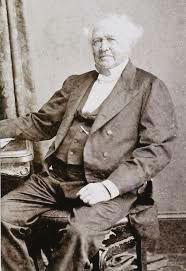 Robert Towns (futur fondateur de Townsville), ancien santalier et baleinier, relança le trafic d'êtres humains en 1863 pour les besoins de sa plantation de coton. Le plus simple, pour lui, était de se servir en main-d'œuvre en Mélanésie.