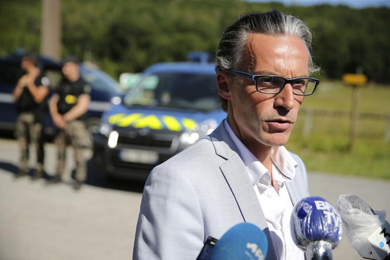 Michel Fourniret : une dizaine d'ADN inconnus relevés sur un matelas