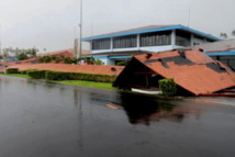 L'acceuil de l'aéroport d'Apia effondré