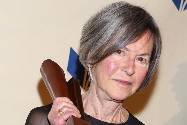 Le Nobel de littérature sacre la poétesse américaine Louise Glück