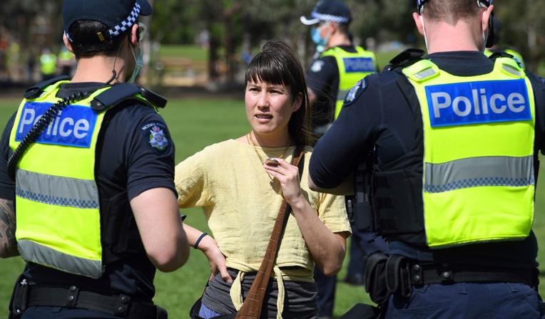 En Australie, le bien-être, un terreau pour la désinformation