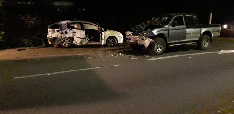 Installée sur la banquette arrière du véhicule, la jeune femme de 25 ans ne survivra pas au choc contre le pick-up.