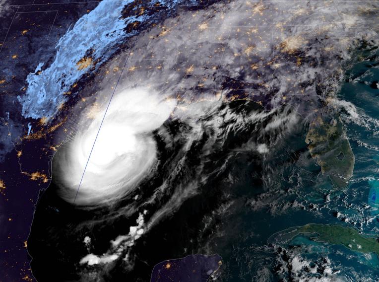 Des habitants de Louisiane fuient l'ouragan Delta, qui s'approche des Etats-Unis