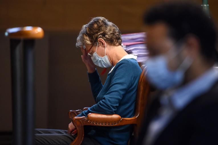Maternité d'Orthez: 3 ans de prison et interdiction d'exercer requis contre l'anesthésiste alcoolique