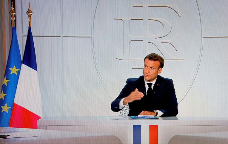 Macron impose un couvre-feu en Ile-de-France et dans huit métropoles