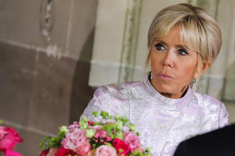 Brigitte Macron cas contact au Covid-19, se met à l'isolement 7 jours