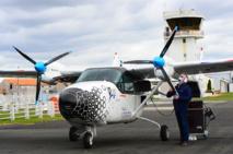 Un avion hybride électrique à 10 passagers entame un tour de France