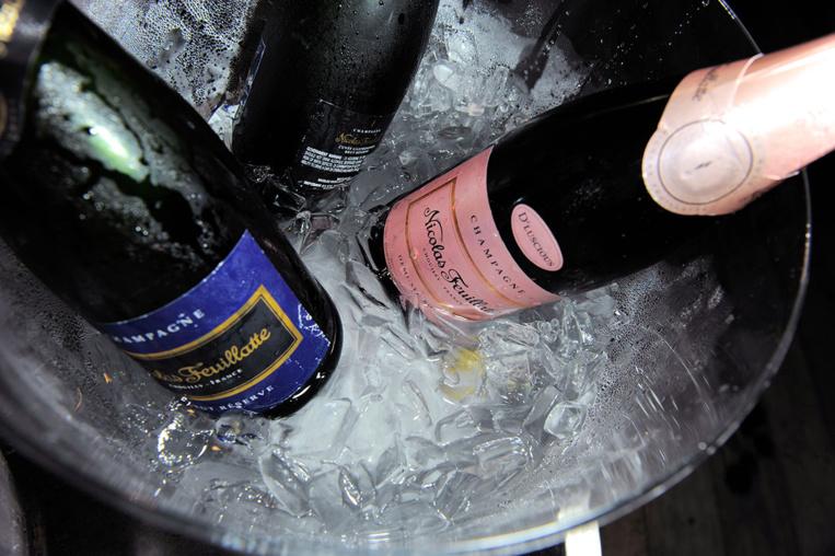Champagne en outre-mer: sanction de 642.800 euros contre Feuillatte et deux importateurs