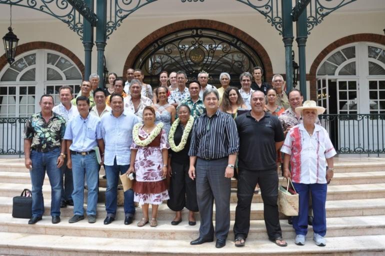 Les avancées du dossier UNESCO ont été présentées par les chefs de projet - M. Tuheiava pour Raiatea et M. Erhel pour les Marquises