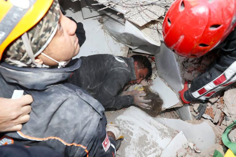 Turquie: une fillette de trois ans sauvée des décombres 91 heures après le séisme