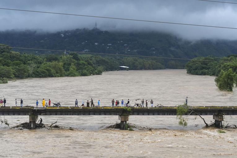 L'ouragan Eta dévaste la côte du Nicaragua et du Honduras