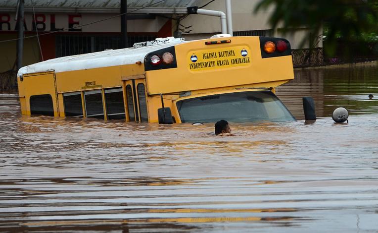 Amérique centrale: près de 200 morts ou disparus après le passage de l'ouragan Eta