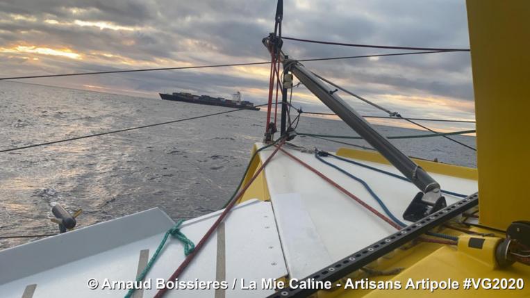 Photo envoyée depuis le bateau La Mie Caline - Artisans Artipole pendant le Vendee Globe. © Arnaud Boissieres / La Mie Caline - Artisans Artipole