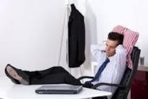 USA: il sous-traite son travail en Chine et passe ses journées sur internet