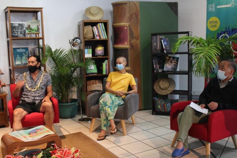 Trois invités seront présents à ce 20e salon, Teheiura Teahui (à gauche), auteur de la biographie Aventurier dans l'âme, ainsi que Chen Jiang-Hong (à droite) et Manon Fargetton (au centre) tous deux auteurs jeunesse.