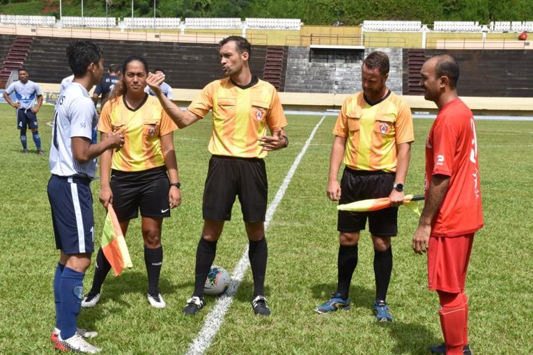 Football : Surprise et déception après l'arrêt des compétitions