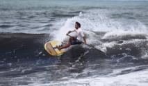 Stand Up Paddle : Poenaiki Raioha, 14 ans, gagne en Open