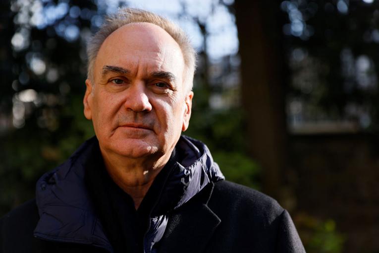 """Le prix Goncourt attribué à Hervé Le Tellier pour """"L'Anomalie"""""""