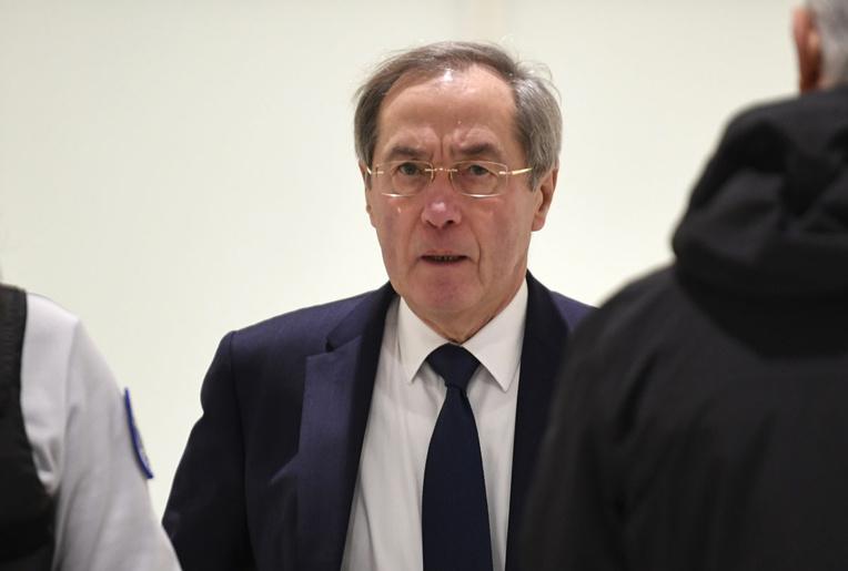 """Financement libyen: Claude Guéant à son tour mis en examen pour """"association de malfaiteurs"""""""