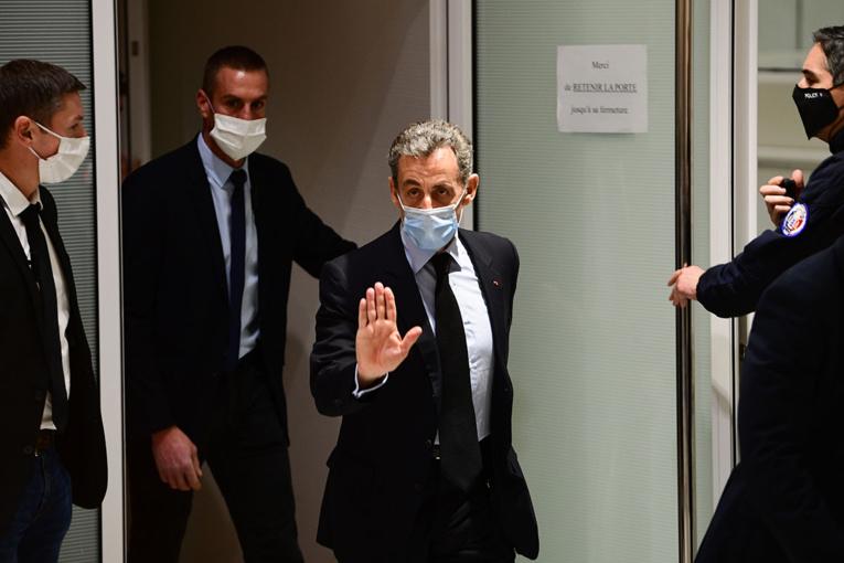 """Affaire des """"écoutes"""": prison ferme requise contre Nicolas Sarkozy"""