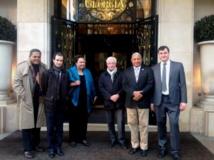 Le Contre-amiral Premier ministre fidjien, Franck Bainimarama, a rencontré en début de semaine à Paris de hauts responsables de la banque BRED, qui a récemment ouvert sa première succursale dans cet archipel (Source photo : ministère fidjien de l'