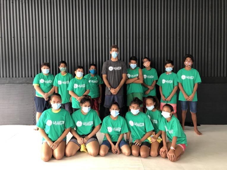 Mesures sanitaires obligent, Jonathan Biarez, instructeur de lutte et de jiu-jitsu brésilien, a dû adapter ses séances.