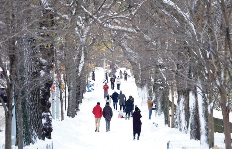 Le Nord-Est des Etats-Unis se réveille sous la neige