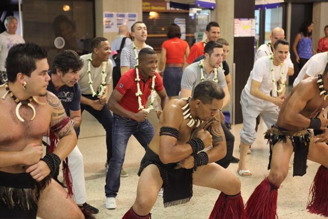 Beach soccer : Arrivée de l'équipe de France à Tahiti
