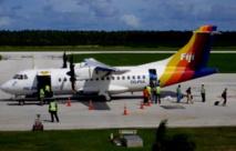 L'ATR 42 de Pacific Sun sur le tarmac de l'aéroport de Nuku'alofa (Tonga) en juillet 2009