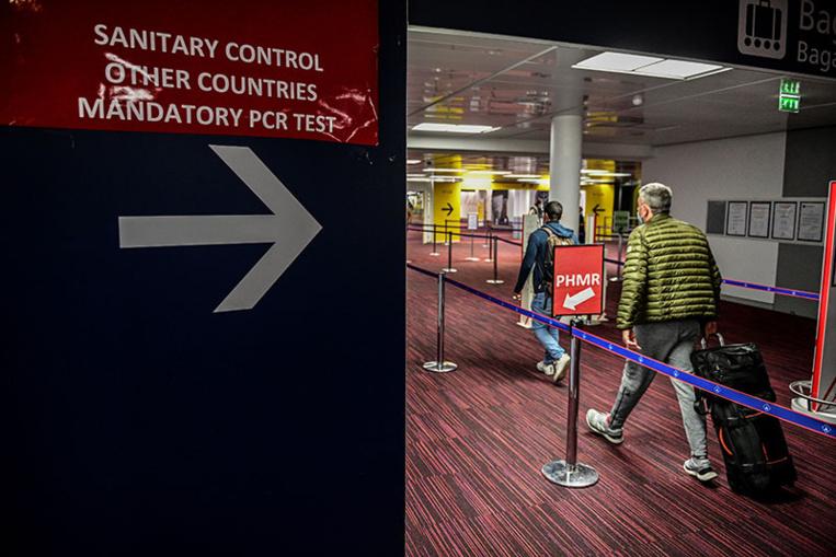 Covid: face au virus mutant, la France se coupe à son tour du Royaume-Uni