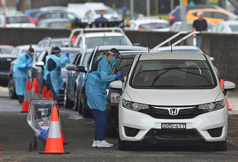 Coronavirus: Sydney assouplit légèrement les restrictions pour Noël