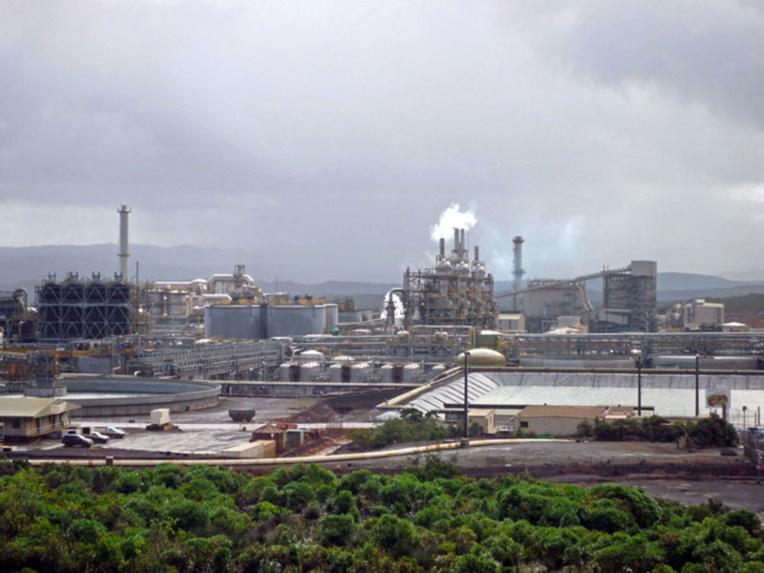 Nouvelle-Calédonie: 10 mois de prison pour des tirs sur des gendarmes près de l'usine Vale