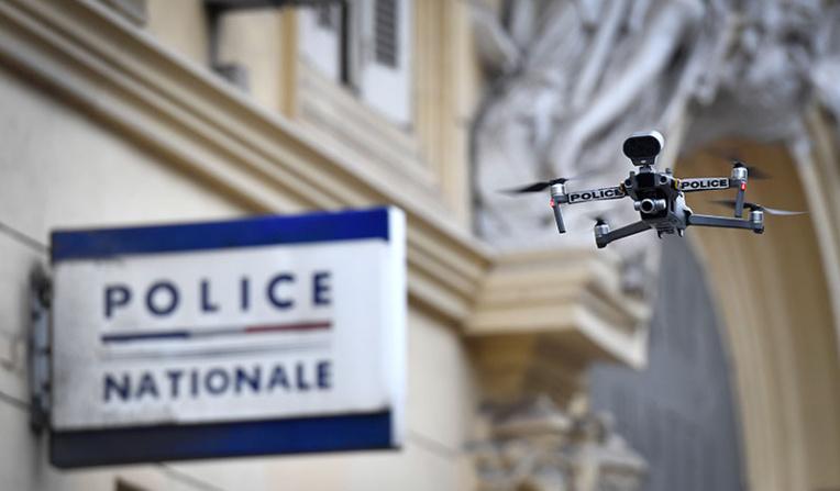 Le Conseil d'Etat ordonne de cesser l'usage de drones pour surveiller les manifestations