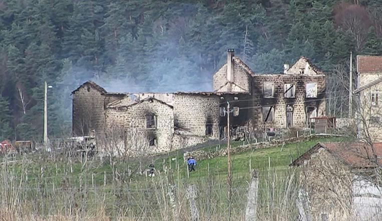 """Puy-de-Dôme: le meurtrier des trois gendarmes voulait commettre un """"carnage"""""""