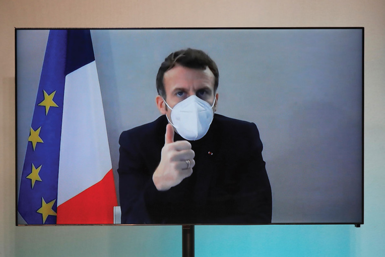 Covid-19 : fin d'isolement pour Macron, qui n'a plus de symptôme