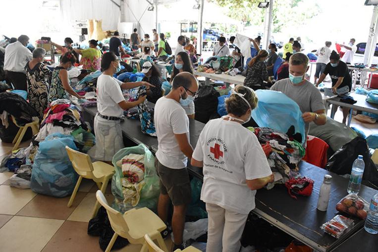 Le navire Tahiti Nui doit appareiller en début de soirée pour acheminer l'aide des Polynésiens en faveurs des victimes, la semaine dernière, du cyclone Yasa qui a ravagé les îles Fidji les 17 et 18 décembre.