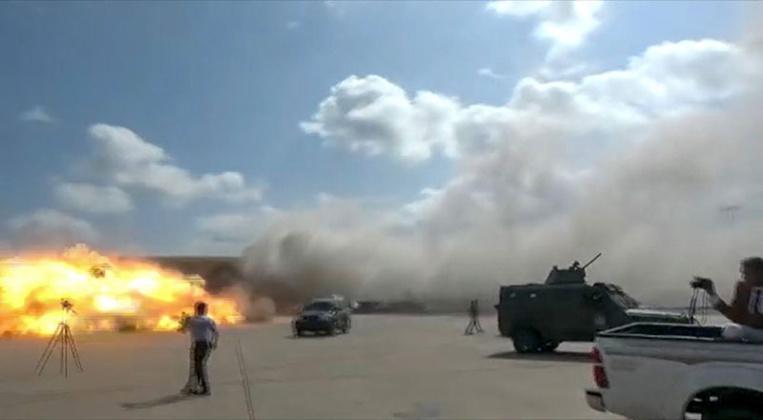 Yémen: 13 morts, 50 blessés dans des explosions à l'arrivée du gouvernement d'union à Aden