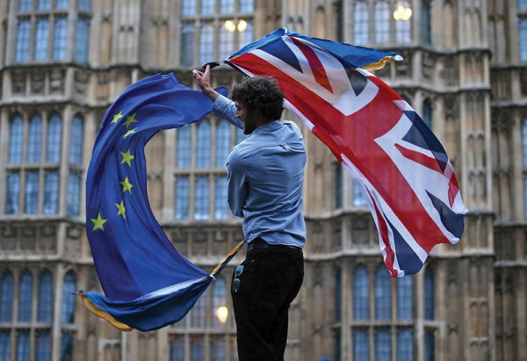 Brexit: Le Royaume-Uni largue les amarres avec l'Europe