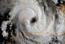 Le cyclone Rusty mord les côtes occidentales de l'Australie