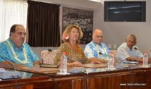 Messieurs Redley Killion et Nicholas Craig Poletti, les représentants du Forum du Pacifique reçus par des représentants UPLD à l'assemblée de Polynésie. Redley Killion, est un ancien vice-président de Micronésie;  Nick Poletti de Nouvelle-Zélande est consultant en stratégie de planification  et en développement économique. Avec Tea Hirshon et Vito Maamaatuaiahutapu, élus à l'assemblée de Polynésie française.