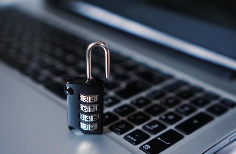 Cyberattaque aux Etats-Unis: les pirates ont vu le code interne de Microsoft