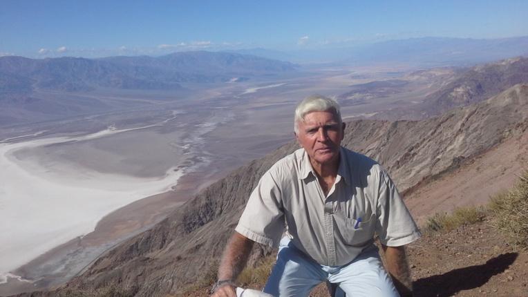 Vue sur Armagosa River avec JP Marquant en premier plan.